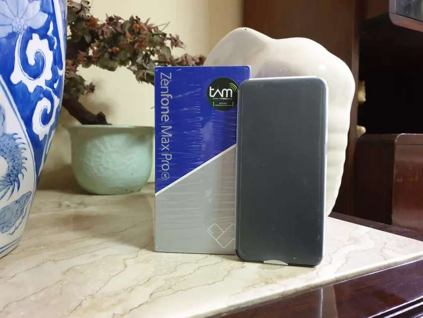 Sedia Asus Zenfone Max Pro M1 4/64 GB Silver 0