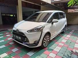 Toyota sienta typeQ at 2016 pemakaian 2017
