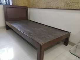Single bed ,3ft× 7ft