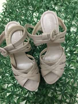 Wedges Charles & Keith Creme Size 37