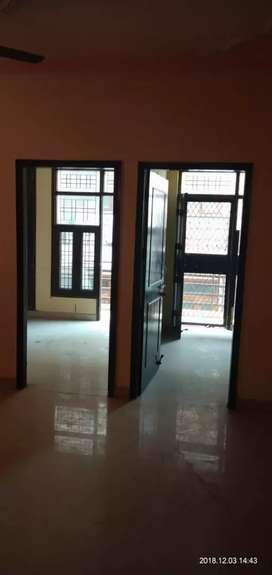 2bhk semi furnished flat available in sector 49 noida