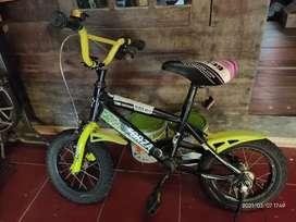 Sepeda Anak Merek Forza