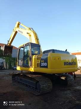 Bu Excavator bego bekho Komatsu tahun 2012