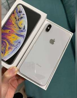 iphone xs max New seal pack all accessories available