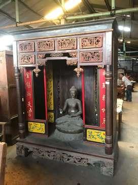 Lemari altar china