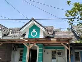 Disewakan Rumah Semi Furnish di Perumahan Resinda