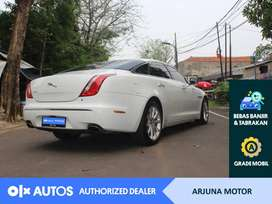 [OLX Autos] Jaguar XJ 2013 Bensin 2.0 A/T Putih #Arjuna Motor