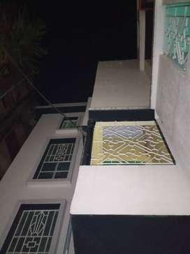 Floor on rent at BANGUR PARK RISHRA