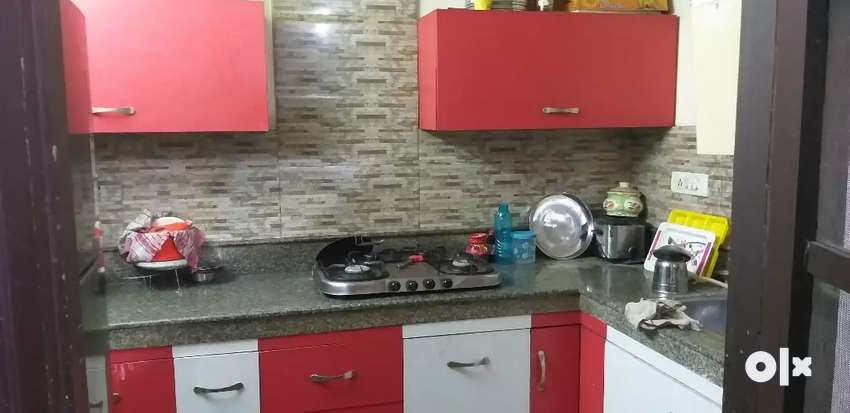 3 bedrooms 12x10+1 drgroom 25x13 fully AC Furnished 0