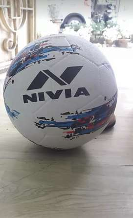 Nivia Storm Football [Size-5(standard)].1 month old.