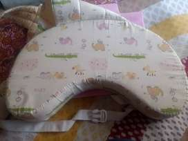 Feeding pillow - New bornBaby