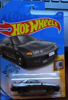 Hot Wheels Nissan Skyline GT R (R 32)