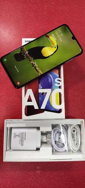 Samsung A70s 6fb ram 128gb inbuilt