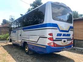 Medium Bus Hino Dutro MDBL 2010 antik new armada not canter nqr