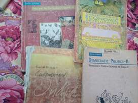Class X CBSE board ncert old used books for sale.(sst, hindi)