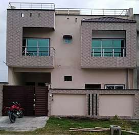 Double.storey house for rent government officials