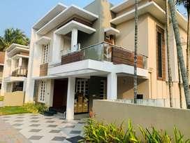 Edapally cheranalloor 4.300cent 2300sqft 4bhk gated villa for sale