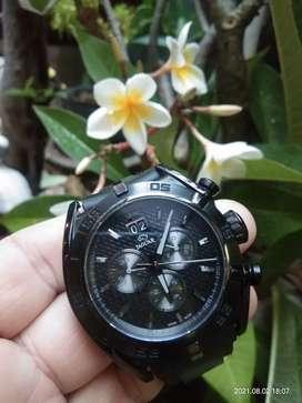 Dijual jam Jaguar swiss made