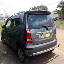 Wagon r vxi    No mediators only serious buyers can cal