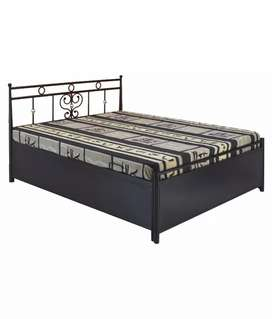 New metal double bed in direct factory price.