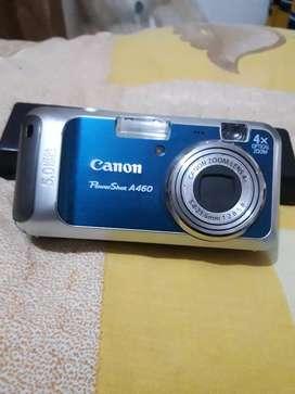 Kodak & canon cyber shot camera
