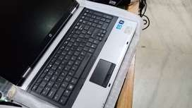 Book Used Laptop Free Delivery to Work at Home