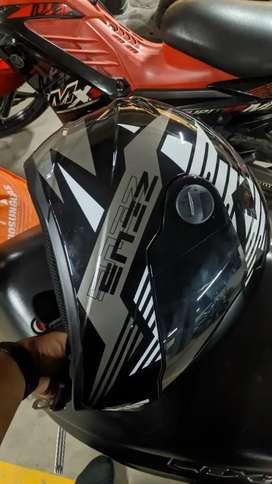 Helm Zeus 811 Ukuran M