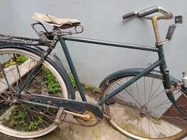 Sepeda ontel warisan keluarga