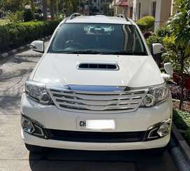 FORTUNER AT CHD VIP No, 40000 km only