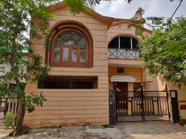 Independent Duplex Bunglow for rent in covered campus
