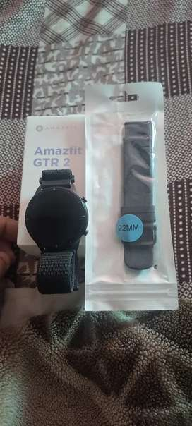 Amazfit gtr2 sports addition  ak extra starb or screen protector b hai