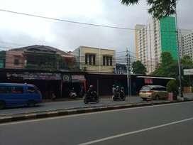 Dijual Rumah usaha di pinggir jalan raya Bogor Pekayon jakarta timur