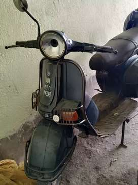 Old scooter for sell