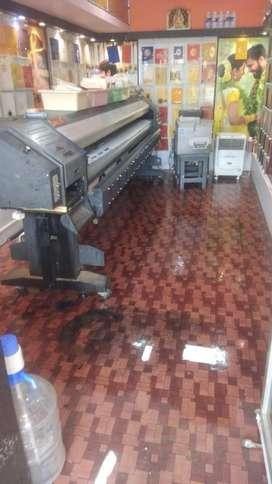 Flex printing machine operator