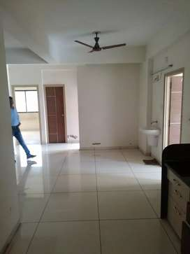 3 b h k flat for sale in Vidyanagar Road