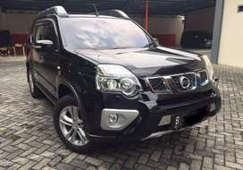 Nissan xtrail 2.5 xt 2013 hitam