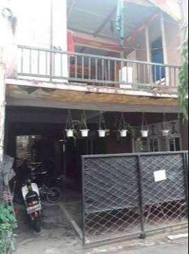 Rumah : 2 KT - 1 KM - 250 m2 + (kontrakan 8 pintu)
