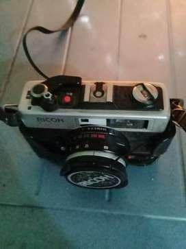 Kamera Ricoh GX-1 jadul