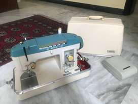 TOYOTA SEWING MACHINE MODEL Z870
