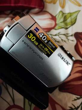 SONY HANDICAM HDD 40GB×OPTICAL ZOOM (UP TO 27 HRS.) MODEL NO DCR-SR46