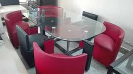 DINING TABLE FOR SALE EXCELLENT CONDITION 10/10