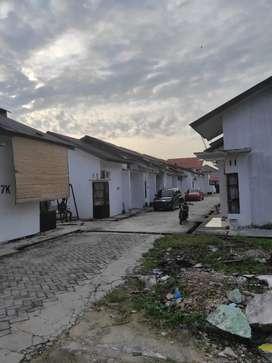 Disewakan rumah tengah kota dekat Jalan Riau belakang Mall Ciputra