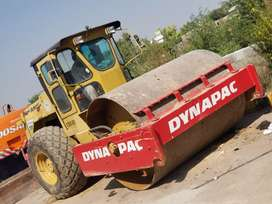 Road roller for rent available