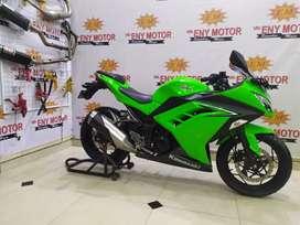 Kawasaki ninja 250 fi tahun 2017 km 6000