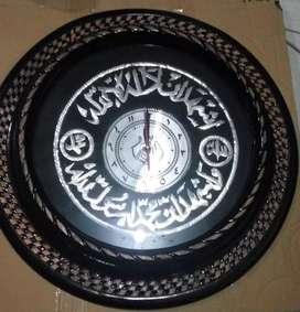 Jam Kayu Jati Ukiran Kaligrafi Arab