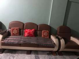 Sofa set for sell 5 seaters