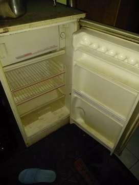 Kulkas MITSUBISHI satu pintu jumbo chiller