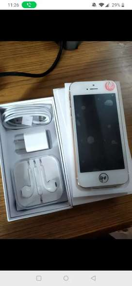 Apple iPhone 5 16gb New packed ( delivery in delhi only)