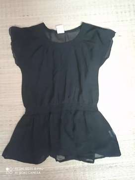 MAX black frilly top