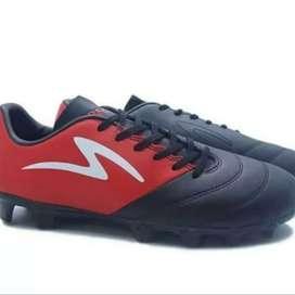 Sepatu bola Speck